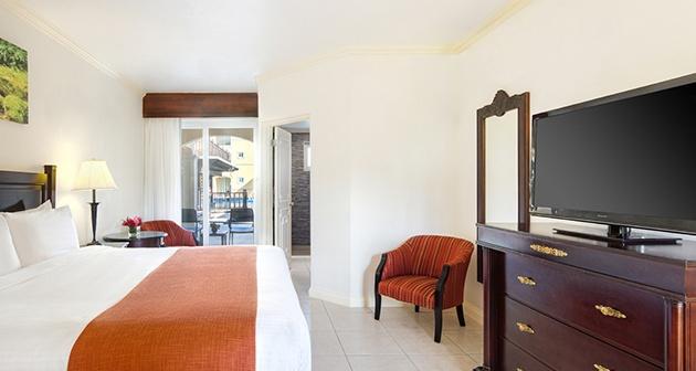 Jewel Paradise Cove Beach Resort & Spa - Runaway Bay