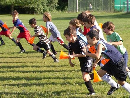 ¡Un verano de soccer para tus hijos! $210 por 4 Semanas de campamento de verano en JUNIO, a escoger entre horario matutino o vespertino