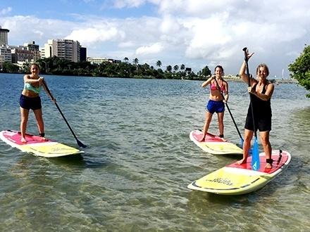 ¡Participa en el VIP Watersports Fest! $12 por 1 Hora de excursión guiada en Paddleboard o Kayak a través de la Laguna del Condado