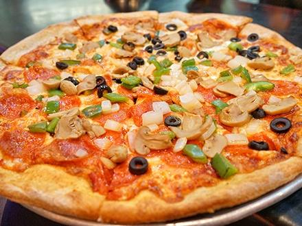 ¡Puro sabor Italiano! $12 por Gustazo de $25 para consumo del menú abierto