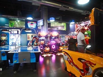 ¡Niños y adultos disfrutarán de la mejor experiencia Arcade en Santo Domingo! RD$195 por Tarjeta de juegos ilimitados por 1 hora