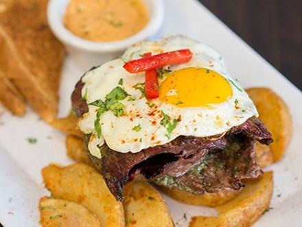 ¡El mejor brunch de Bayamón! $15 por Gustazo de $30 para consumo del menú de Brunch todos los días + 20% de Descuento en la próxima visita de Brunch