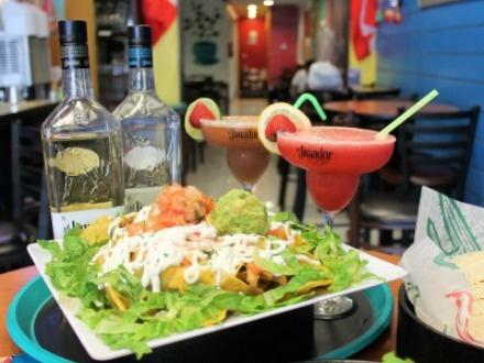 ¡Nueva apertura en el Viejo San Juan! $9 por 1 Orden de nachos grandes a elegir entre carnitas o pollo + 2 Margaritas Frozen a escoger entre mango, parcha, tamarindo, coco, toronja y/o regular + 25% de Descuento en la variedad de fajitas disponibles