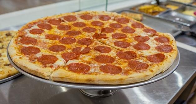 AJ's Pizza - Plaza Centro Mall, Caguas