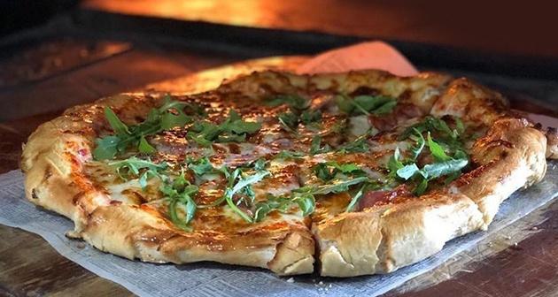 Entre Pizzas y Leña - Fajardo